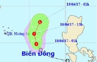 Áp thấp nhiệt đới liên tục đổi hướng, tiến gần quần đảo Hoàng Sa