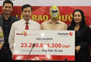 Lần đầu tiên công khai danh tính người trúng xổ số Vietlott tại Hà Nội