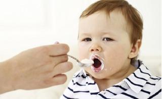 5 quan niệm sai lầm của mẹ về sữa chua khiến con ăn mãi mà không nạp dinh dưỡng vào người