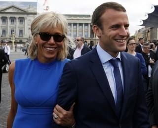 Chao đảo vì chuyện tình với người vợ hơn 2 giáp của ứng viên Tổng thống Pháp điển trai