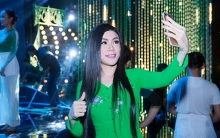 Uyên Trang bất ngờ hát lại hit cũ khiến fan