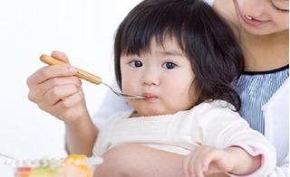 4 món ăn cực giàu dinh dưỡng nhất định phải có trong đơn ăn dặm của con