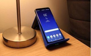 Người dùng phát hiện nghịch lý khi sạc không dây Samsung Galaxy S8