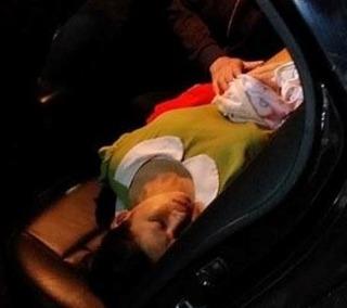 Người đàn ông nghĩa hiệp cứu giúp sản phụ đẻ rơi ngoài đường trong đêm đến bệnh viện