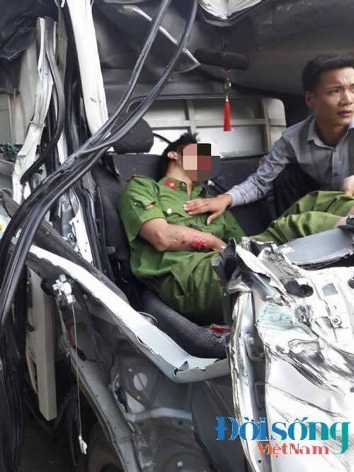 Tai nạn giao thông làm một chiến sĩ công an tử vong