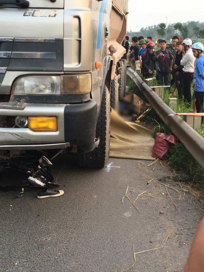 xe tải chạy ngược chiều tông chết 2 người 1