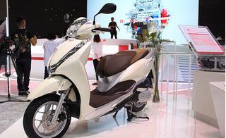 """""""Bà hoàng xe ga"""" Honda Lead 2017 ra mắt thị trường Việt với vẻ ngoài bóng bẩy"""