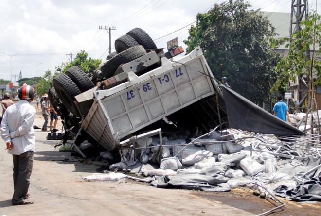 Chiếc xe tải gây ra tai nạn làm 13 người tử vong