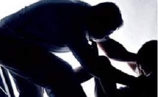 Điều dưỡng viên bị bệnh nhân nữ tố cáo xâm hại tình dục