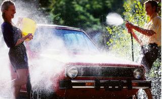 Kinh nghiệm chăm sóc ô tô không thể bỏ qua trong mùa hè