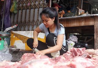 Vụ thịt lợn bị hắt dầu luyn: Người thực hiện hành vi này có thể bị phạt tù đến 7 năm