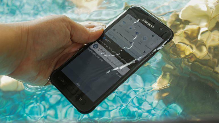 Smartphone pin khủng nhất hiện nay 7