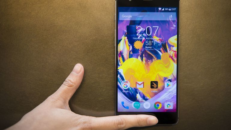 Smartphone pin khủng nhất hiện nay 8