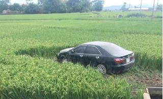 Cán bộ lái xe Camry đâm chết 3 học sinh khai gì tại cơ quan chức năng?