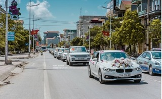 Hàng chục chiếc Lexus LX570 náo động lễ cưới, cô dâu vàng treo trĩu cổ ở Quảng Ninh