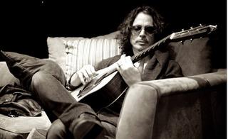 Dân nghiền rock toàn thế giới bàng hoàng hay tin huyền thoại Chris Cornell qua đời