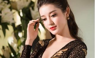 Á hậu Huyền My diện đầm khoét sâu vòng một giữa scandal bị tố