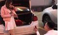 Màn cầu hôn lãng mạn với 101 đóa hồng bên xe sang BMW khiến hội chị em ghen tỵ