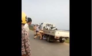 Bị giữ xe, nam thanh niên Vĩnh Phúc chui vào gầm ô tô CSGT