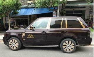 Lác mắt trước độ chất chơi của Móng Cái: Rolls-Royce mạ vàng cũng làm taxi