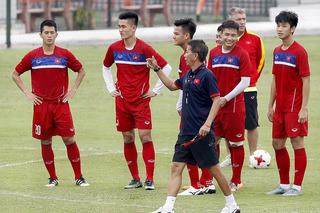 U20 sẽ nhận quà đặc biệt nếu thắng Honduras, Kiatisak thèm được như bóng đá Việt Nam