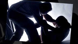 Bé 12 tuổi đau đớn tố cáo bị bố đẻ thông đồng với con trai nhân tình cưỡng hiếp