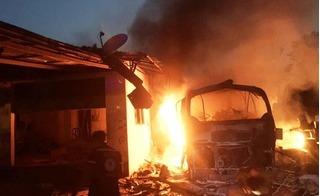 Cháy xe khách Nghệ An ở Lào khiến 4 người thương vong