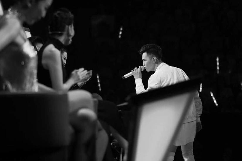 Quán quân The Voice 2017 Ali Hoàng Dương là ai 134