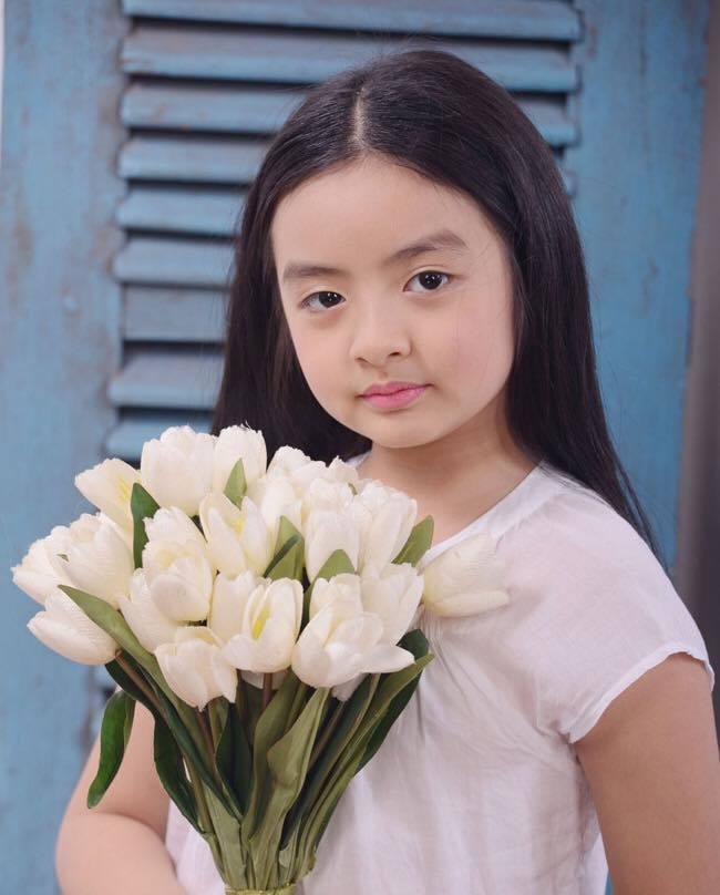 Con gái Thúy Hằng 13