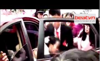Clip cô dâu bị đánh tơi tả trong đám cưới vì lộ cảnh nóng với người yêu cũ