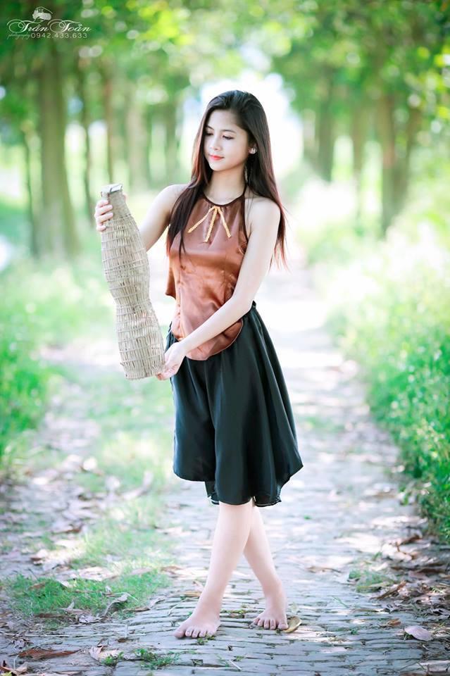 hot girl chân khèo Thanh Thư