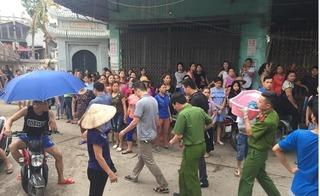 Vụ bé trai 33 ngày tuổi bị sát hại: Hàng trăm người dân thót tim xem dựng lại hiện trường vụ án