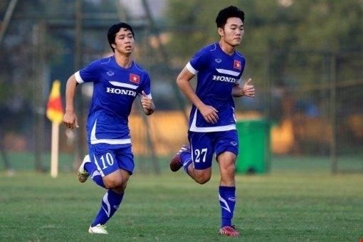 Xuân Trường nhận lời khen từ Gangwon. Ảnh: bóng đá