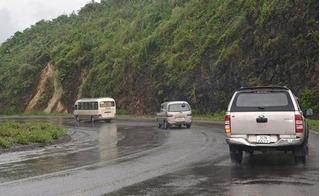 Cung đường có cảm giác hiền hòa tiềm ẩn nhiều nguy hiểm giao giữa Hòa Bình và Ninh Bình