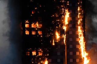 Cháy chung cư ở Anh: Bò qua xác người chết để tìm đường chạy thoát