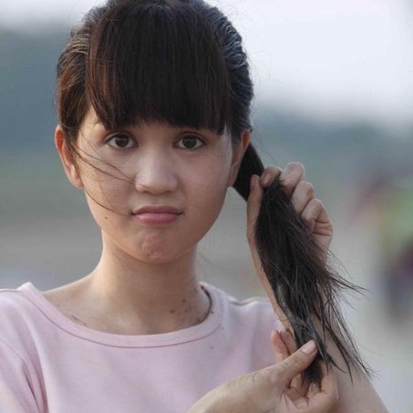 Ngoc Trinh dong phim