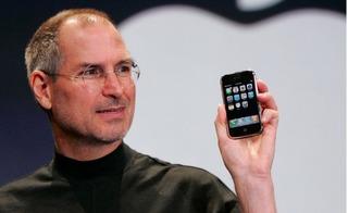 Apple bật mí những bí mật đằng sau thành công của chiếc iPhone đầu tiên