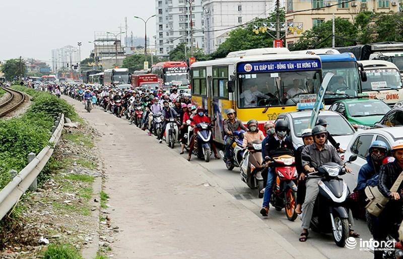 Mở thêm tuyến đi bộ ở Hà Nội