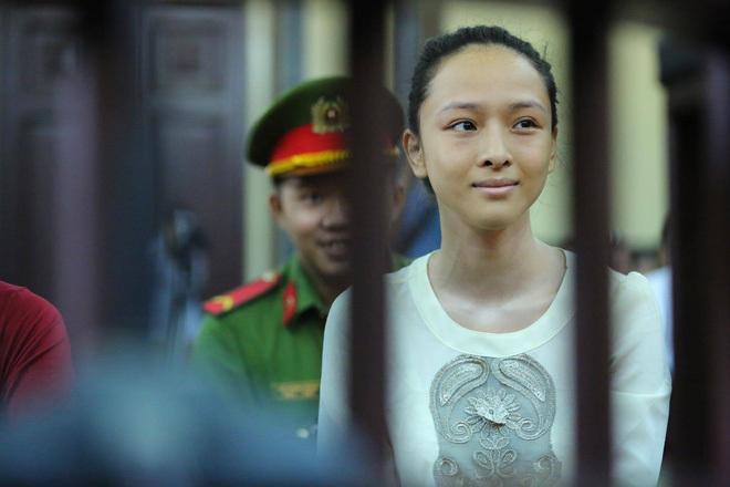 Hoa hậu Phương Nga 7