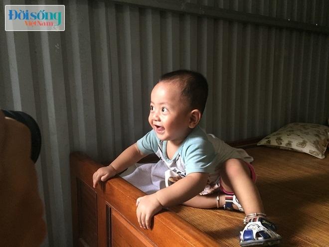 Người mẹ cho con ở Hà Nội 6