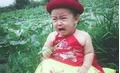 Bé gái 1 tuổi khiến các bà mẹ bỉm sữa phát