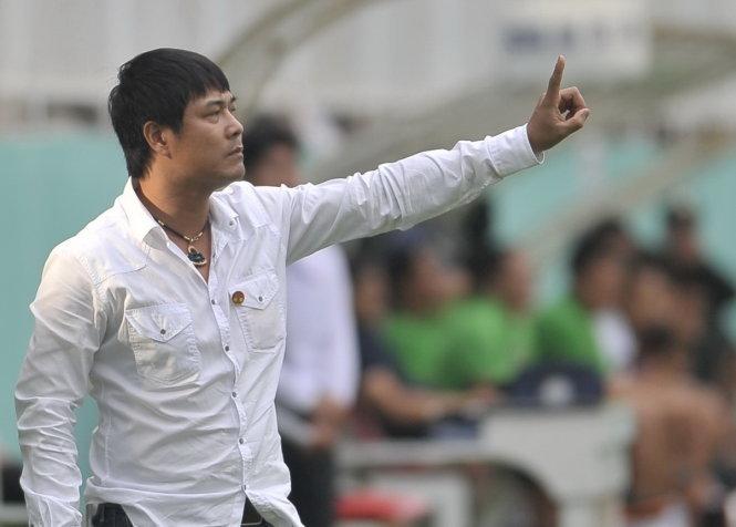 HLV Hữu Thắng không đồng tình với quyết định của chủ nhà SEA Games 29. Ảnh: Thể thao