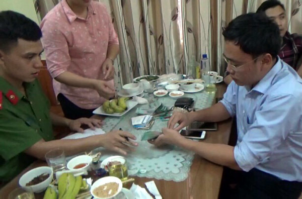 nhà báo Duy Phong