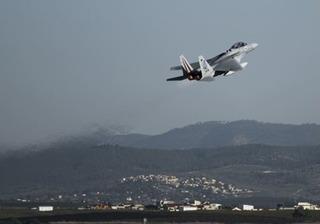 Dải Gaza nồng nặc mùi thuốc súng, Israel không chần chừ đáp trả vụ bắn rocket