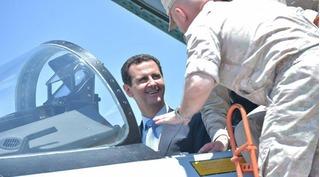 Mặc Mỹ dọa trả giá đắt, Tổng thống Syria vẫn cưỡi chiến đấu cơ Su-35