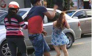 Clip va chạm giao thông ở Biên Hòa: Cô gái bị đập mũ bảo hiểm chảy máu đầu
