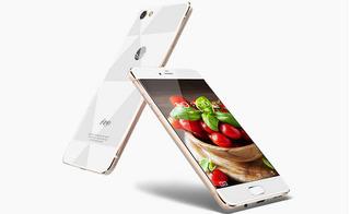 "Triều Tiên tung ra mẫu smartphone ""con lai"" giữa iPhone và Samsung"