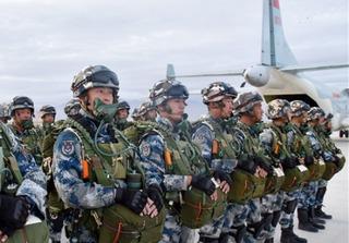 Vì đâu trực thăng tấn công, đặc nhiệm Trung Quốc rầm rập tiến về sát biên giới Triều Tiên?