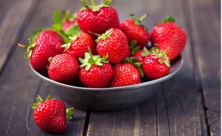 Chăm chỉ ăn 9 loại quả này, nắng nóng đến đâu cũng không lo sạm da