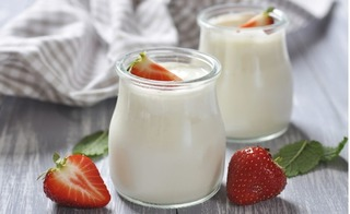 Cách dùng sữa chua để điều trị tiêu chảy